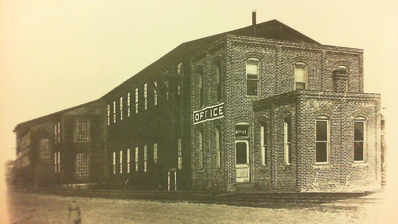1889 - First McDonough Manufacturing building 1500 Galloway St. Credit Susan Tietz Our Old own Eau Claire-1